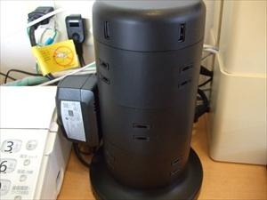 タワー型電源タップ